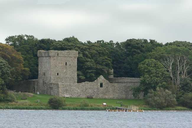 Island Loch Leven Picture of Loch Leven Castle